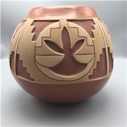 Large Tomasita Montoya Pot