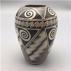 Hopi Pot by Tyra Naha