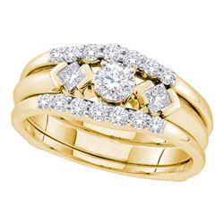 0.74 CTW Diamond 3-Stone Bridal Engagement Ring 14KT Yellow Gold - REF-104X9Y