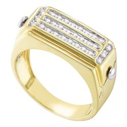 0.26 CTW Mens Diamond Cluster Ring 10KT Yellow Gold - REF-33W7K