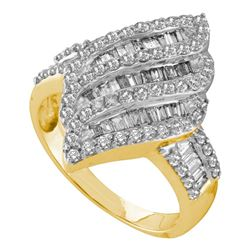 1 CTW Diamond Oval Cluster Ring 14KT Yellow Gold - REF-75N2F