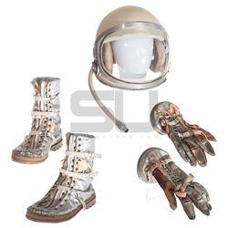 Astronaut Farmer, The - Charles Farmer's Space Helmet, Gloves, and Boots (Billy Bob Thornton)