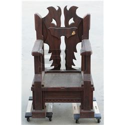 Mortal Kombat - Kano's Oversized Throne (Trevor Goddard)