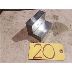 Precision Angle Block 2''7/8 x 2''7/8 x 3''