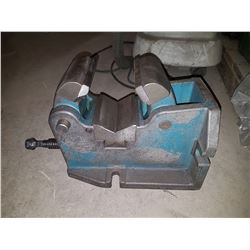 "4"" H/V Machine Vise for Pipe & Shaft"