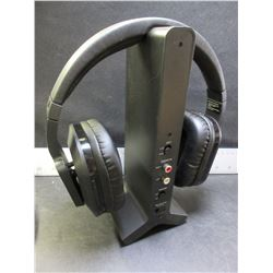 New Long Range Wireless TV Headphones / good for up to 95ft away