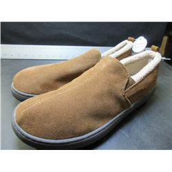New Mens Mossimo Genuine Suede Slippers / Non marking sole / size 11