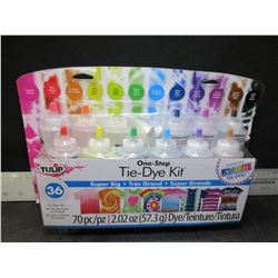 New 70 piece Tie-Dye Kit / Makes up to 36 projects