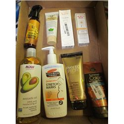 Flat with Skin Creams and more / Burts Bee's / Argon Oil / Avocato Oil Ect.