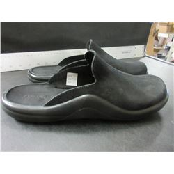 New Black slip on shoes made in Portugal  Mens size 11.5 / Womens 10.5