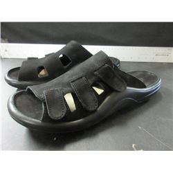 New Black slip on Shoes made in Portugal  Mens size 9 / Womens 8