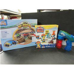 Kids Play Doh / Monster Truck Rally / Bubble Gun