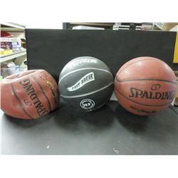 3 Basket Balls / one needs air