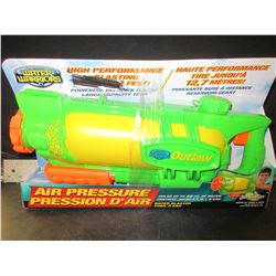 Water Warriers High Performance Water Blaster / shoots up to 42ft