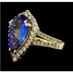 2.90 ctw Tanzanite and Diamond Ring - 14KT Yellow Gold