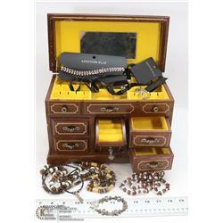 WOOD MUSICAL JEWELRY BOX FULL OF FASHION