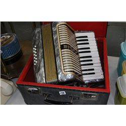 Vintage Horner Accordian - Working - In a Case