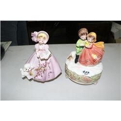 2 Musical Figurines