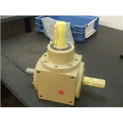 Atek 2:1 Right Angle Gear Reducer, P/N: V120 2:1D0-9.9-600