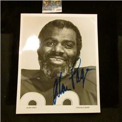 1255 _ Autographed Photo of Alan Page of the Chicago Bears.