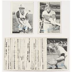 1969 Topps Deckle Edge Complete Set of (35) Baseball Cards With #27 Roberto Clemente, #33 Willie May