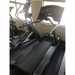 LIFE FITNESS 9500HR COMMERCIAL TREADMILL