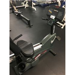 LIFE FITNESS 9500HR COMMERCIAL RECUMBENT BIKE