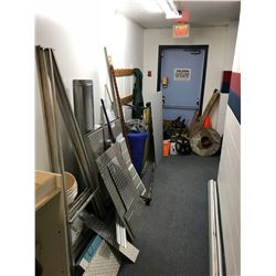 ASSORTED METAL CHECKER PLATE & CONTENTS IN HALLWAY