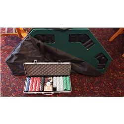 PORTABLE TABLE TOP AND POKER CHIPS