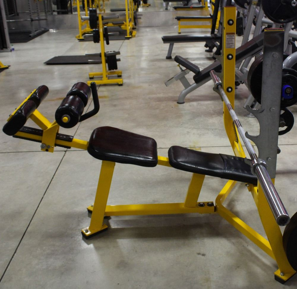 HAMMER STRENGTH INCLINE BENCH PRESS WITH BAR