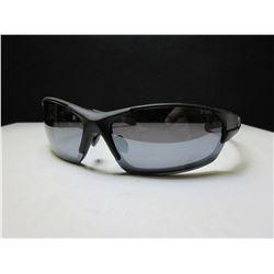 15776d810f New Foster Grant Iron Man Sunglasses