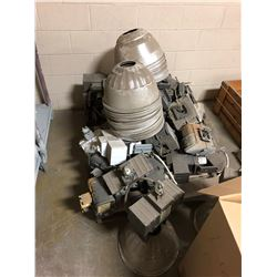 Pallet of Used Warehouse Lighting w/Ballast and Light Bulbs