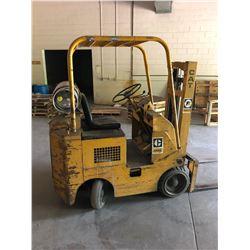 2500 Lb Cap. Caterpillar Propane Forklift Model# 422S