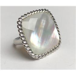 Classy Translucent Gemstone Ring(cts)