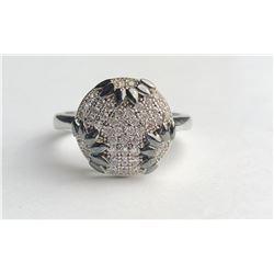 Classy Diamond Ring With Black Diamond Inserts(cts)