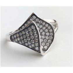Classy Diamond Ring With Black Inlay(cts)