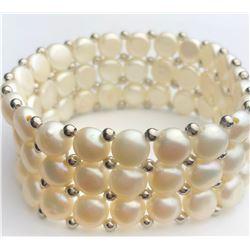 Ravishing White Pearl Bracelet