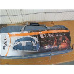 ECLIPSE Cabin Tent, Sleeps 10, 14'x10', returned