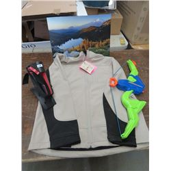 RED HEAD, tan/black jacket, large, scenic picture, toy Hydro Boy, Fishing rod mount, returned