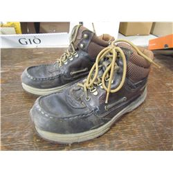 MERRELL  Outperform waters proof size 8 1/2, returned