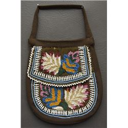 IROQUOIS BEADED PURSE
