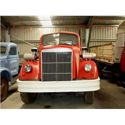 1964 WHITE 6X4 CAB & CHASSIS
