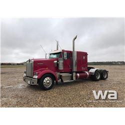 2004 KENWORTH W900L T/A TRUCK