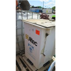 Altec Bucket Attachment