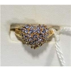14k GOLD RING w LAVENDER COLORED STONES