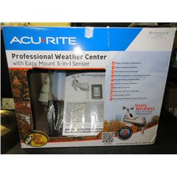 Acu-Rite Professional Weather Center / LED Screen 5 in 1 sensor