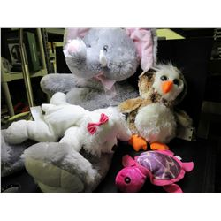 Bundle of Stuffed Animals / super soft