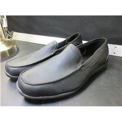 New Mens size 12 George Shoes