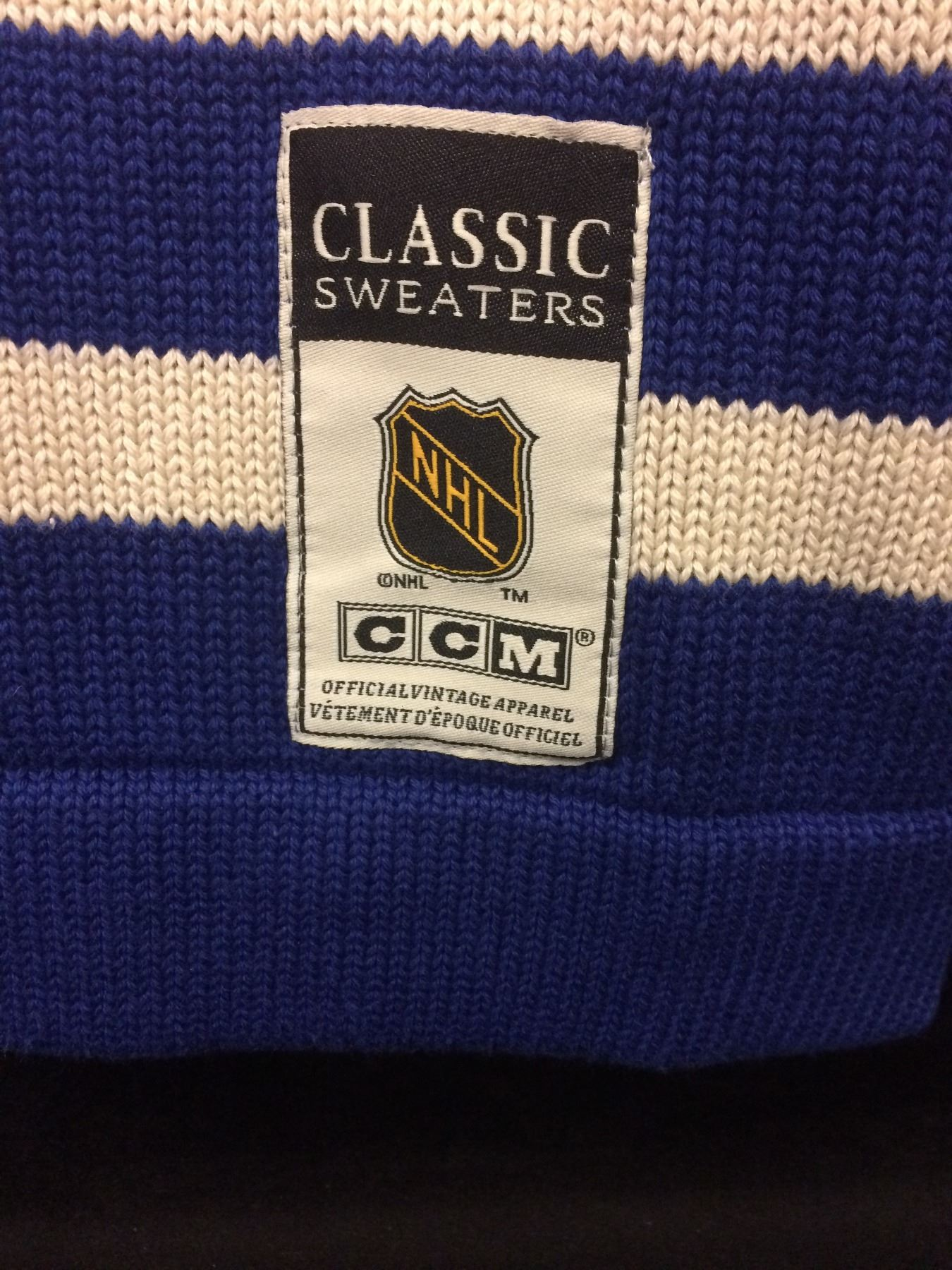 best website 12bb7 4955c TORONTO MAPLE LEAFS CLASSIC NHL SWEATER SIGNED BY BABE PRATT (CCM)