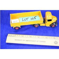 Dinky Toys by Meccano, England - Bedford Lorrie Deck Truck w/Sides - Approx. value $200